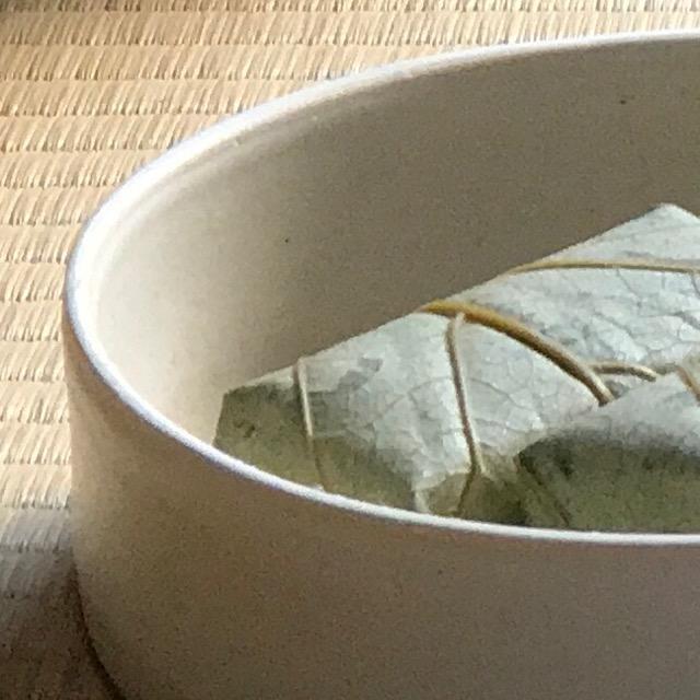 銅鑼鉢の縁の拡大写真
