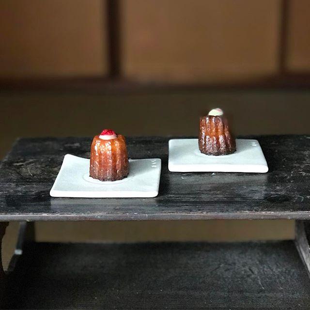 カヌレ用平皿の写真