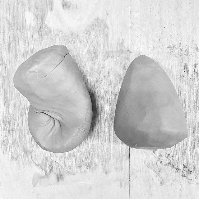 土練り途中と完了の粘土の写真