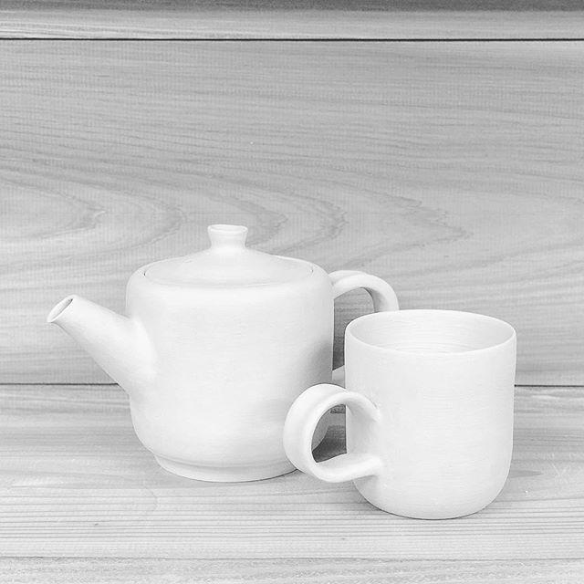 ティーポットとカップを成形