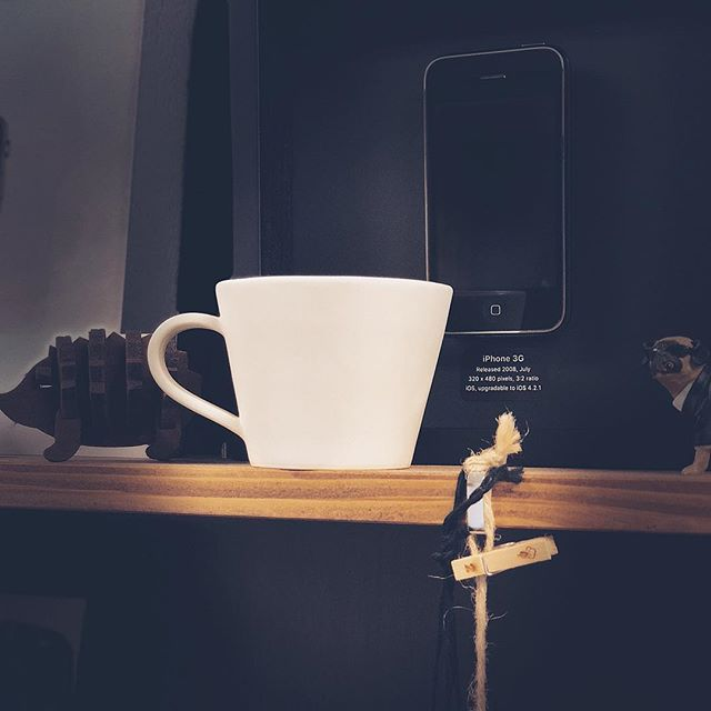 焼きあがった新作のコーヒーカップ。