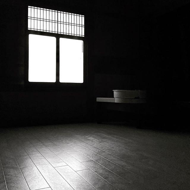 床工事が完了してろくろを置いた部屋