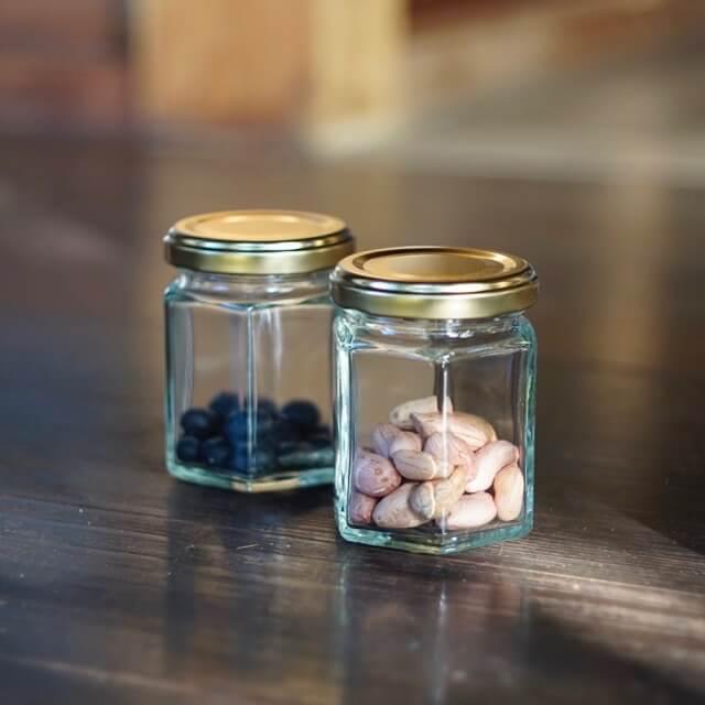 落花生と黒豆の種